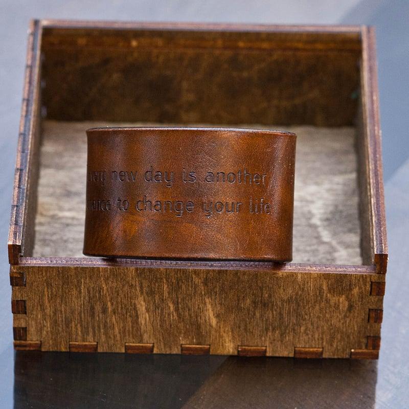 Браслет шкіряний Handmade в подарунок Іменний