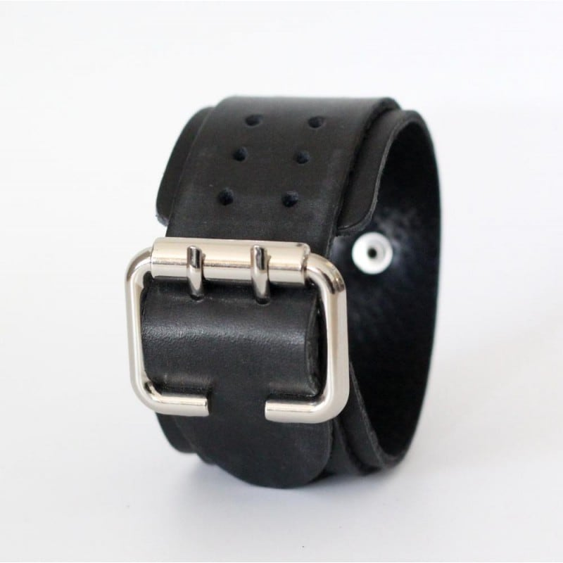 Шкіряний браслет Perforate як openwork black leather