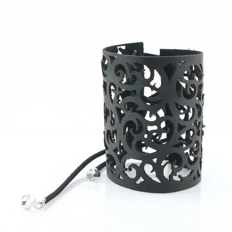 Жіночий шкіряний браслет Noir black leather