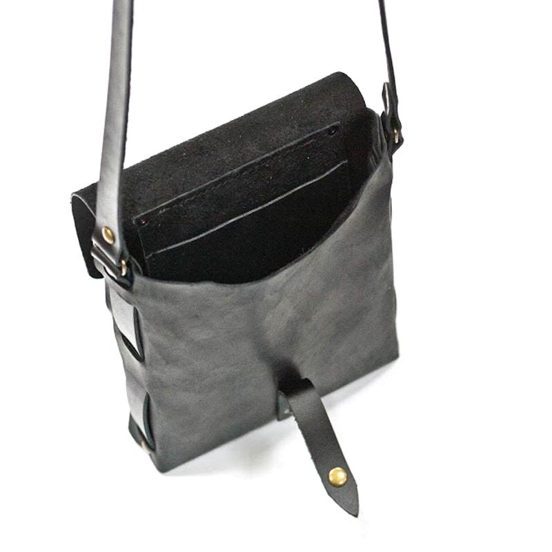 Сумка кожаная Crossbody Black leather