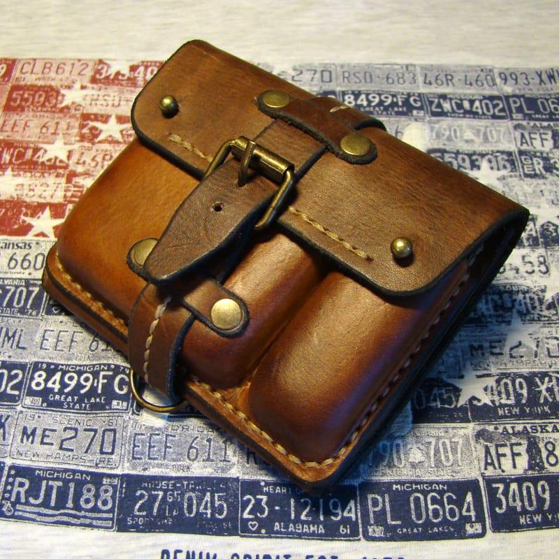 Оригинальный мужской кошелек on the belt