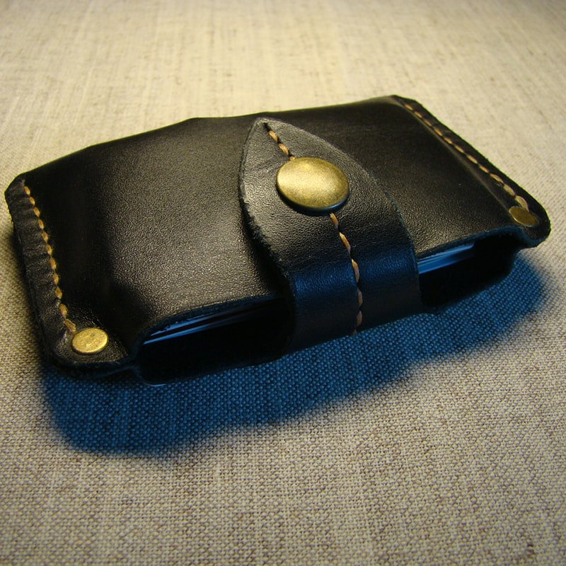 Универсальный кожаный кошелек