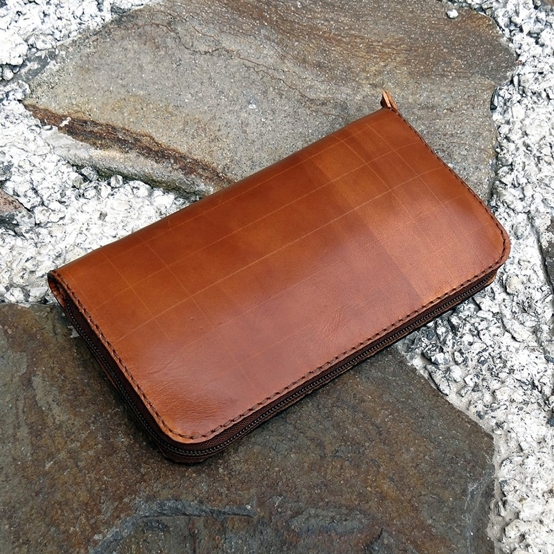 Дизайнерский клатч в подарок Brown skin