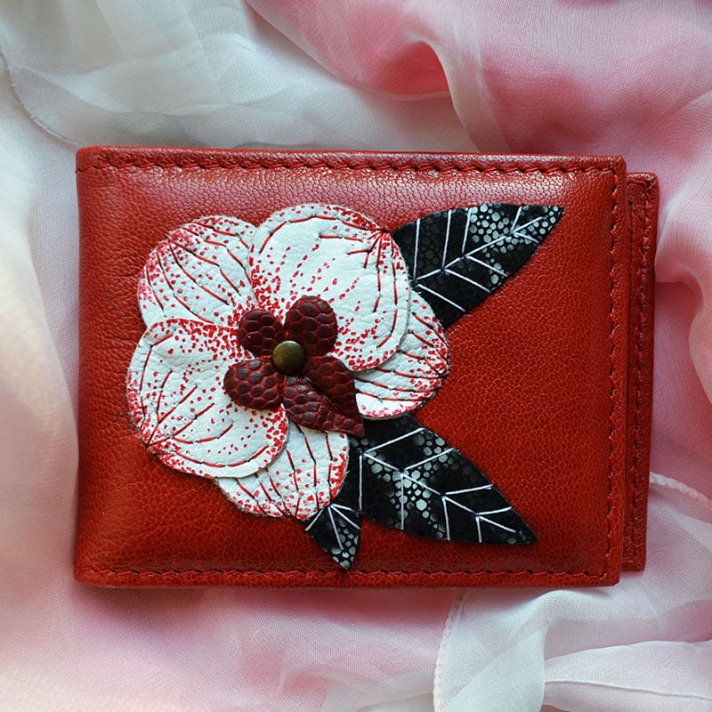 Визитница Handmade в подарок WHITE ORCHID red leather