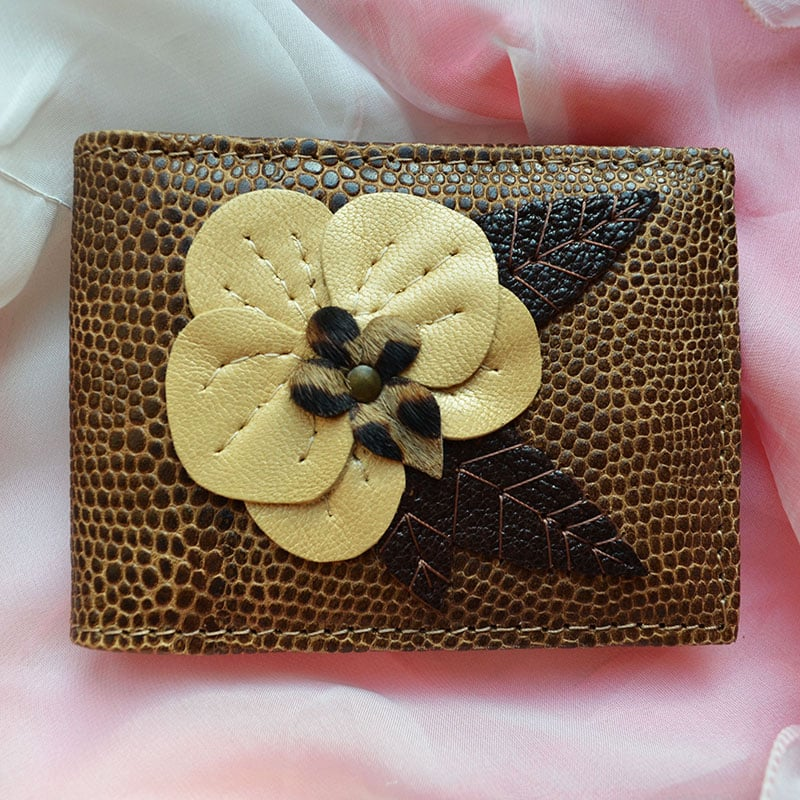 Визитница кожаная в подарок BEIGE ORCHID brown leather