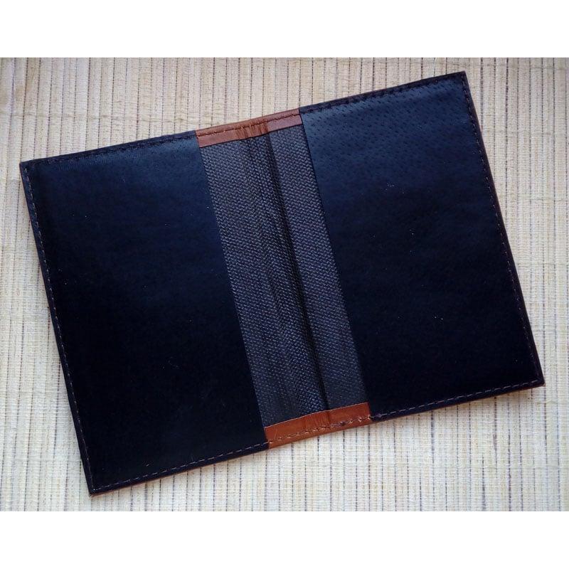Кожаная обложка на паспорт в подарок Document Brown leather
