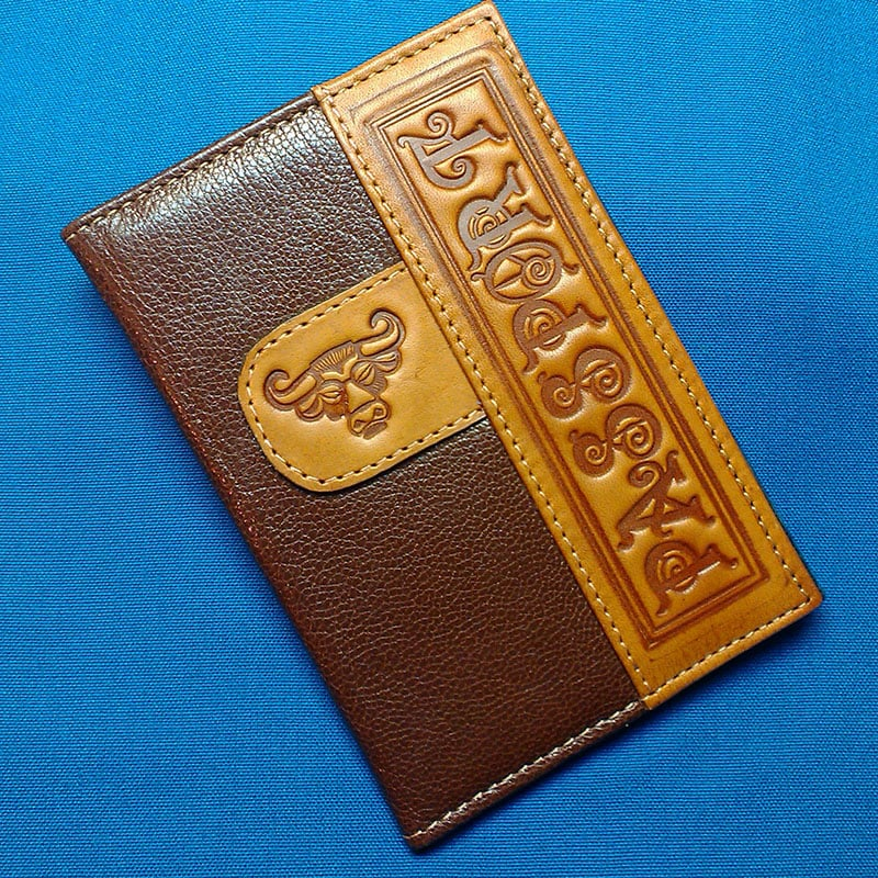 Шкіряна обкладинка для подарунка на паспорт Зодіаку Телець