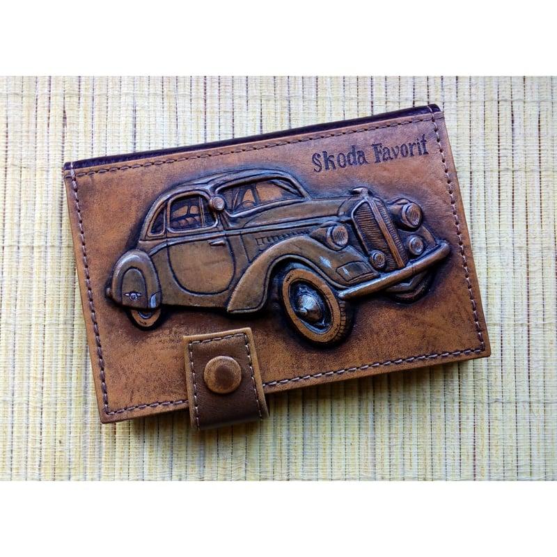 Кожаная обложка для водительских прав в подарок Scoda Favorit