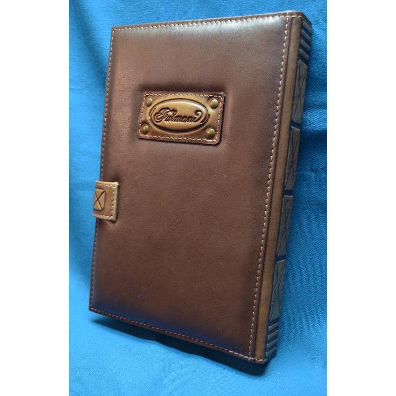 Блокнот кожаный в подарок Стена brown leather