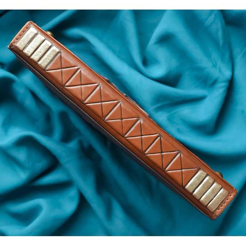 Ежедневник в кожаном переплете Noble Lion brown leather