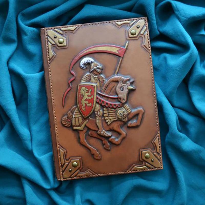 Ежедневник в кожаном переплете Сhevalier brown leather