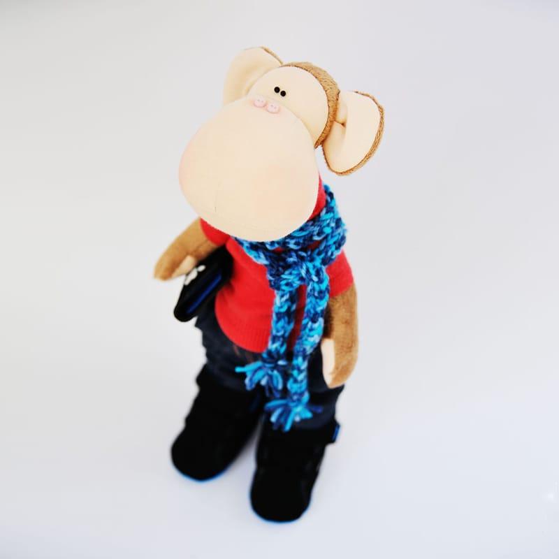 Handmade игрушка Обезьянка с планшетом