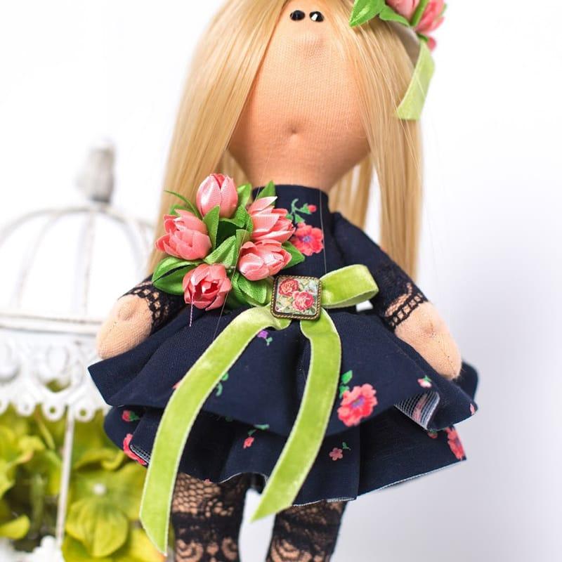 інтер'єрна Лялька Дівчинка в Капелюшку