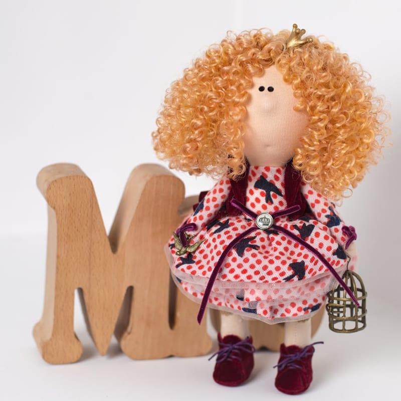 Интерьерная кукла из текстиля Принцесса с Птичкой