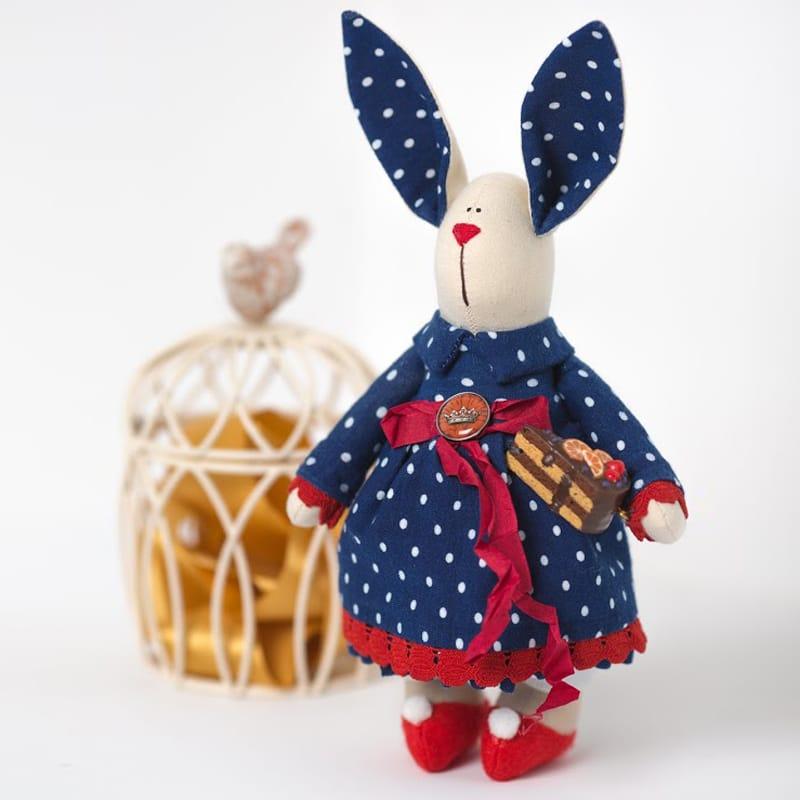 Кукла Handmade из текстиля Зайка с Тортом Тильда