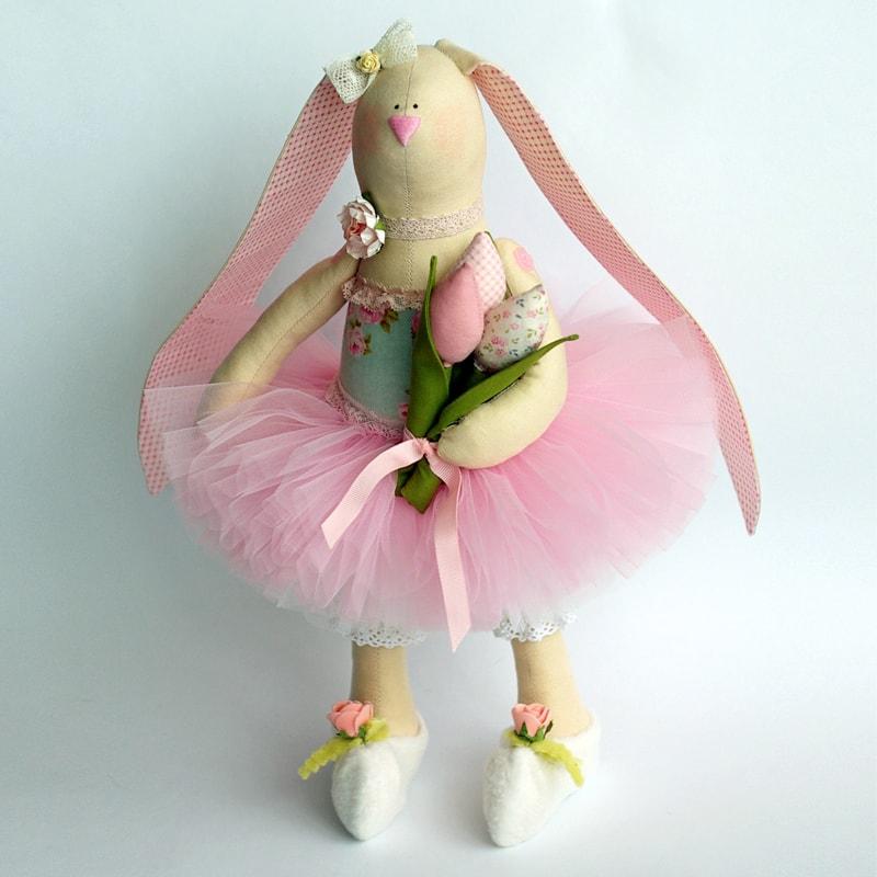 Кукла handmade Зайка Тильда с Тюльпанами