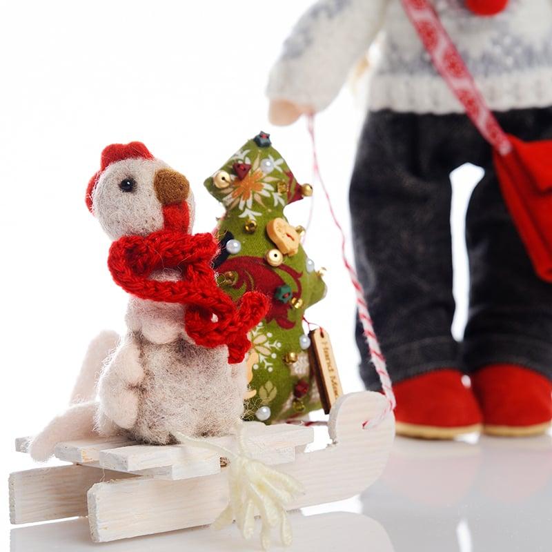 Кукла дизайнерская в подарок Девочка с Санками