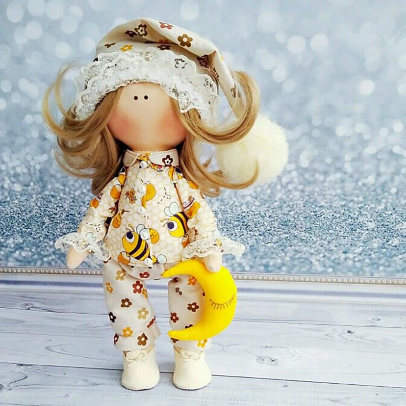 Кукла интерьерная тильда для подарка Карина