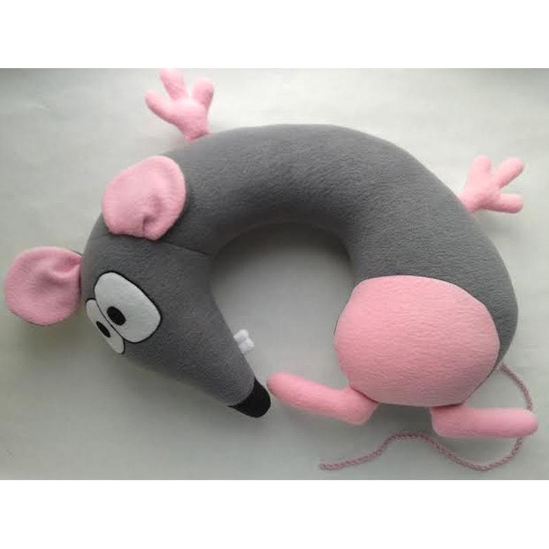 Изумительная подушка-подголовник в подарок Мышка Хейли