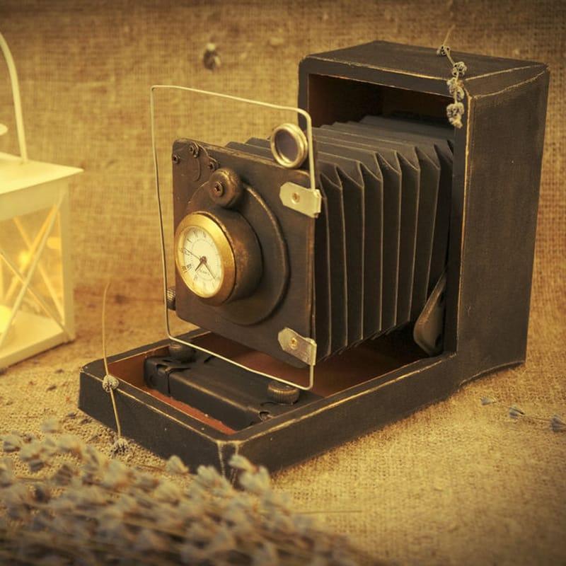 Ексклюзивні інтер'єрні годинники настільні Retro Camera