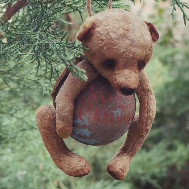 Уникальная авторская елочная игрушка Мишарик Тедди