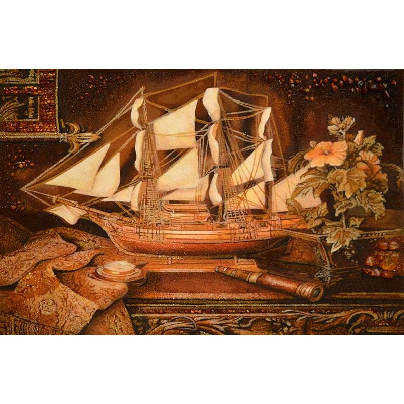 Натюрморт из янтаря в подарок Парусник