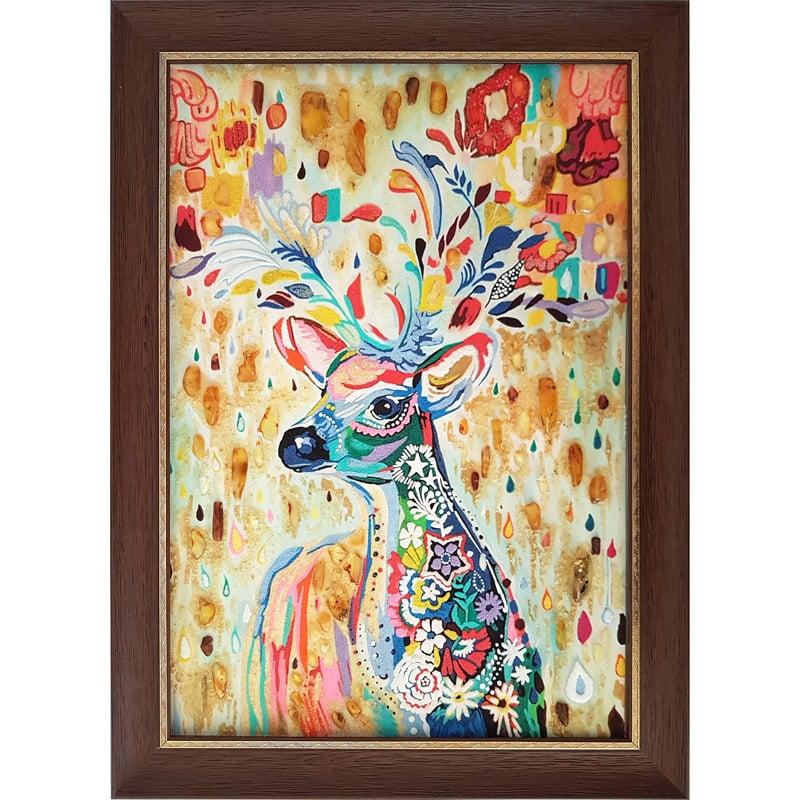 Картина из янтаря в подарок Лесной Олень