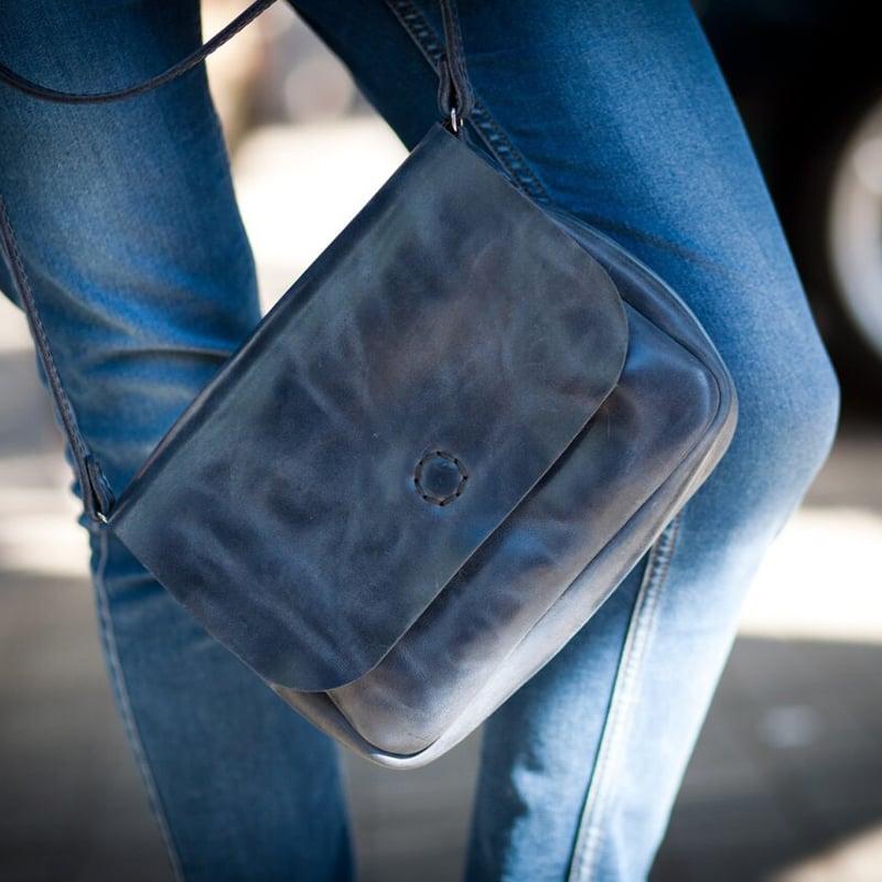 Сумка жіноча ручної роботи в подарунок Grey Leather