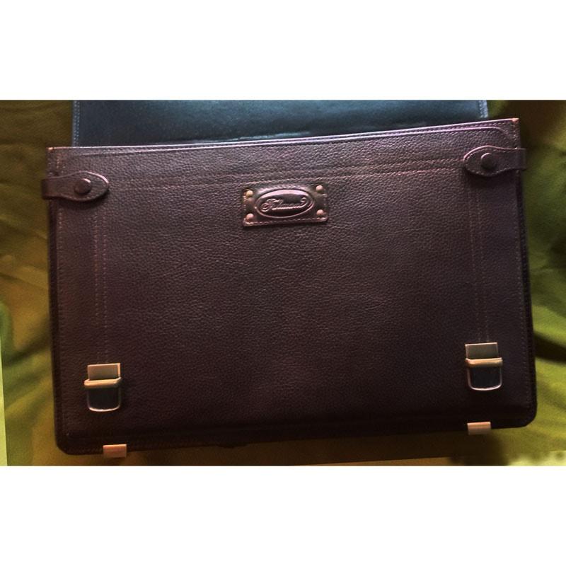 Портфель дизайнерский в подарок мужчине Фрегат brown leather