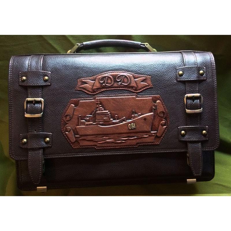 Портфель дизайнерський у подарунок чоловікові Фрегат brown leather