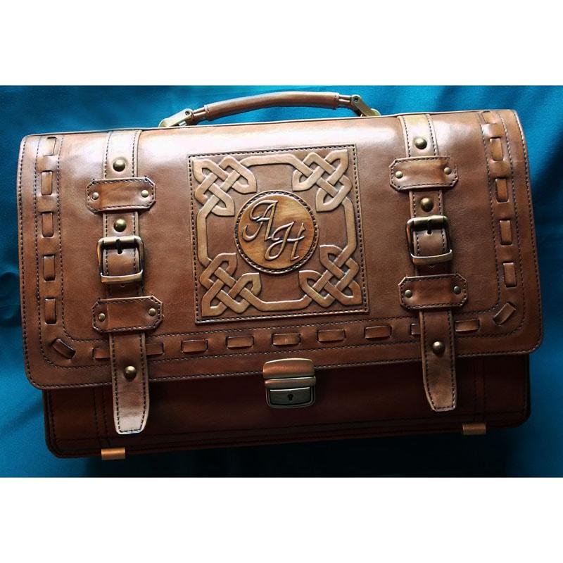 Шкіряний портфель в подарунок Монограма brown leather