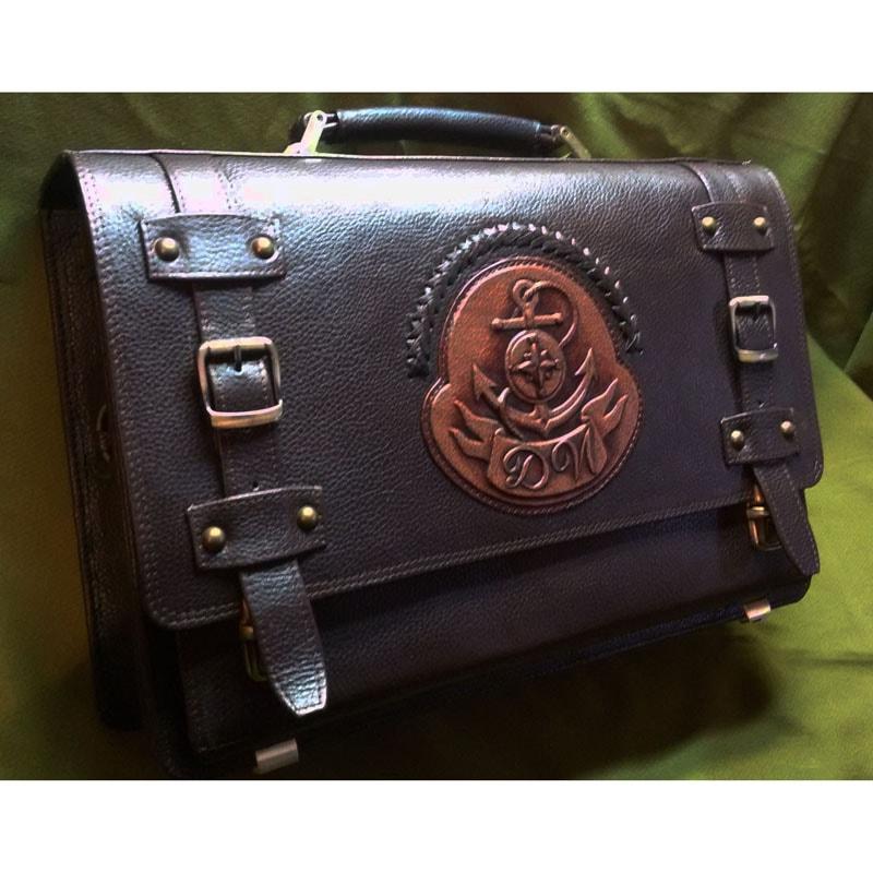 Кожаный портфель Якорь  в подарок мужчине brown leather