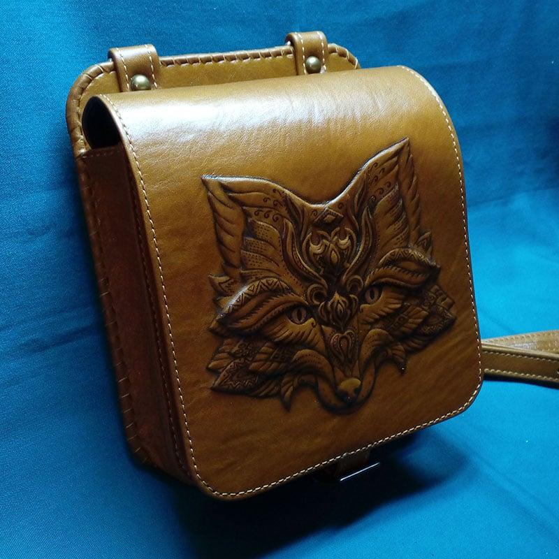 Кожаная сумка ручной работы в подарок Изящная лиса