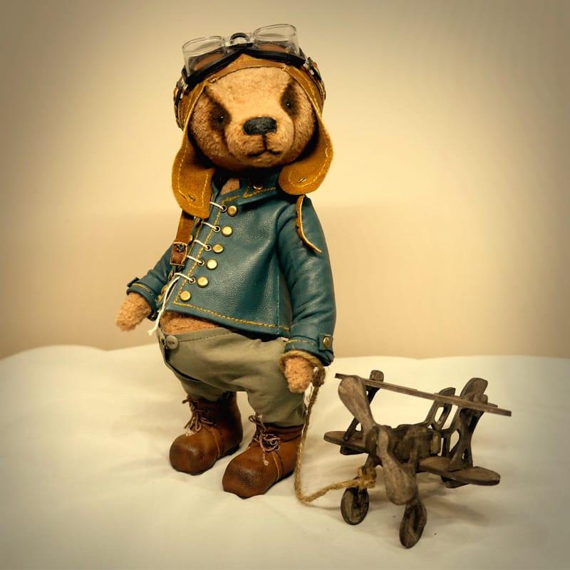 Авторская игрушка мишка Тедди Пилот