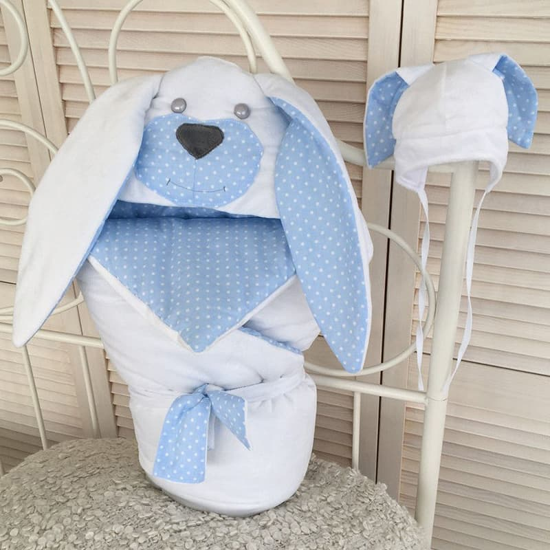 Комплект для новонародженого хлопчика в подарунок Зайчик