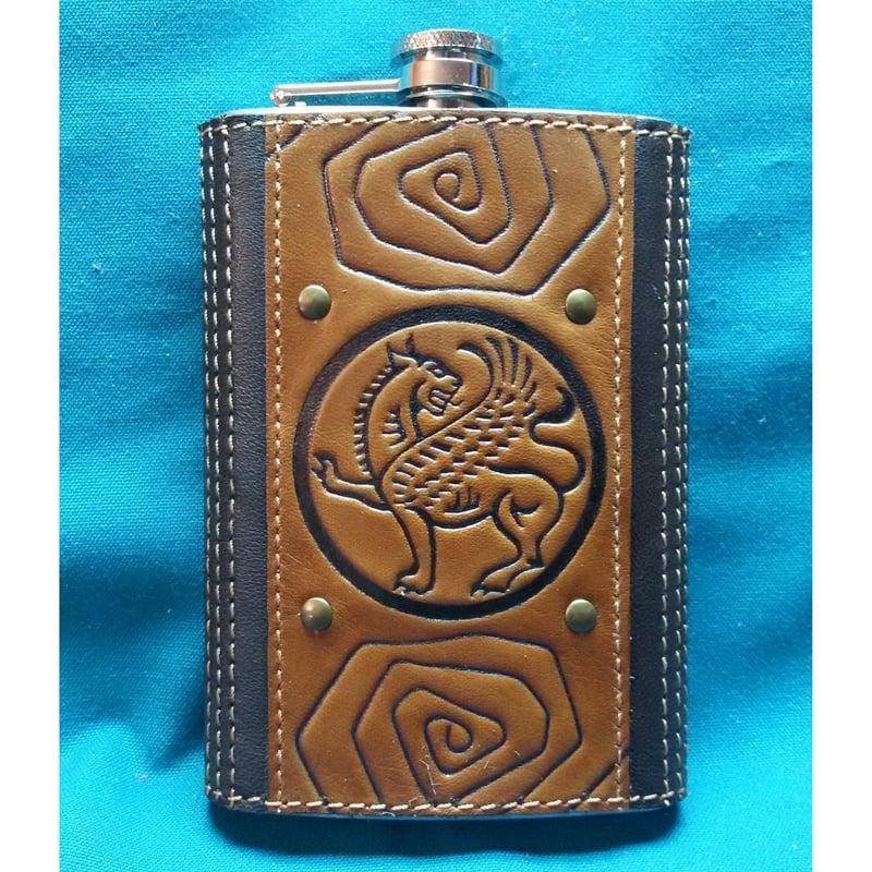 Фляга в подарунок з шкіряним футляром Грифон brown leather