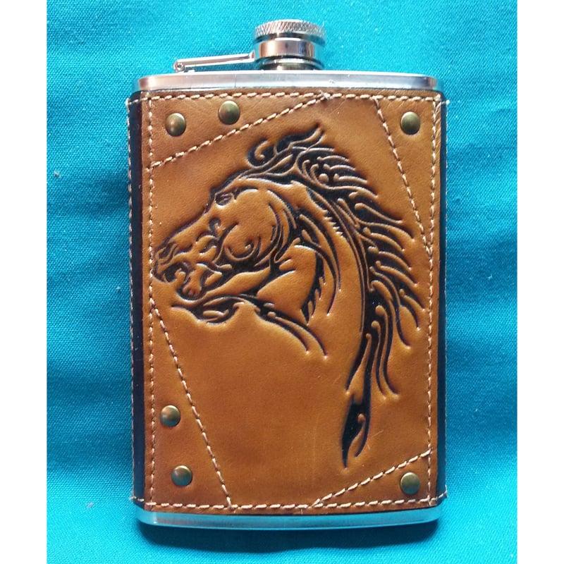 Фляга авторская в подарок Скакун brown leather