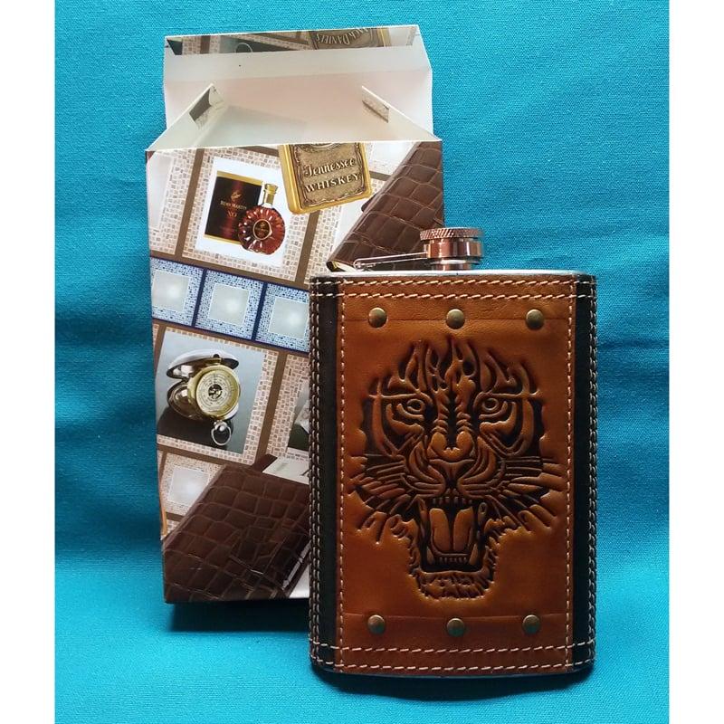 Авторская фляга в подарок Тигр brown leather
