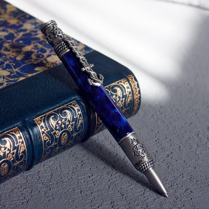 Шариковая ручка Helm