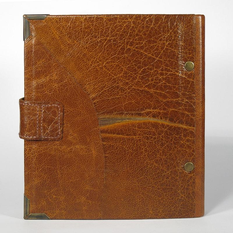Дизайнерский семейный фотоальбом Family Labyrinth Red leather