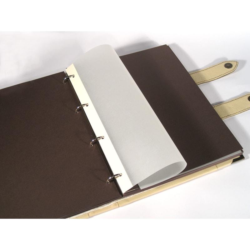 Кожаный семейный фотоальбом в подарок Milky Way Beige leather