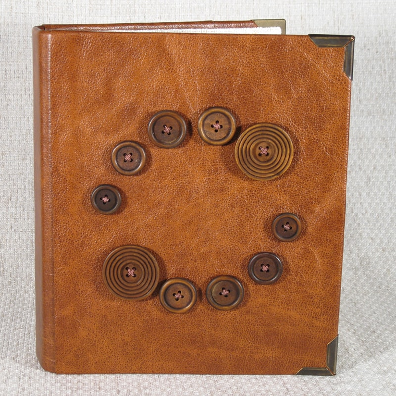 Нandmade фотоальбом в подарок Family Ties Red leather