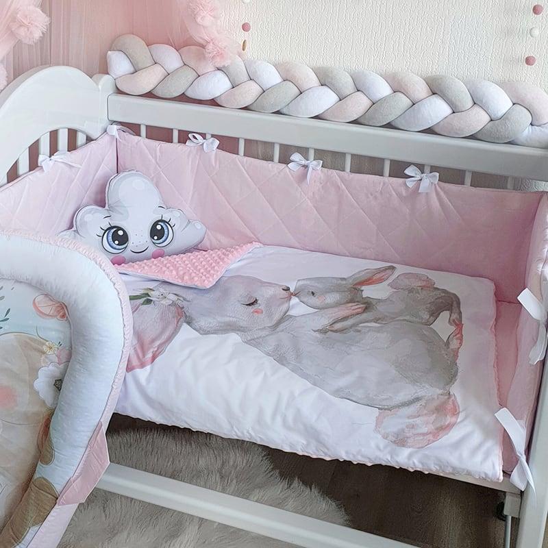 Бортик в ліжечко новонародженій дівчинці Зайка Моя